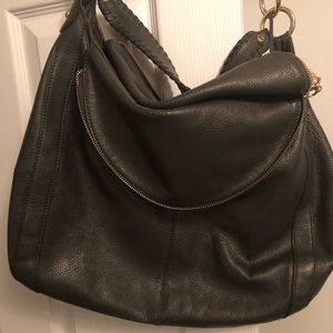 Gently used leather hobo purse w/ detachable strap